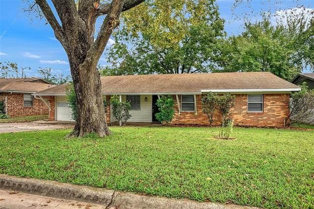 204 Ross Avenue, Denison, TX 75020 (MLS #14691404) :: The Rhodes Team