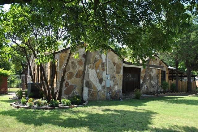 301 S Austin, De Leon, TX 76444 (MLS #14691437) :: Potts Realty Group