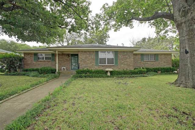 1213 Wedgewood Drive, Cleburne, TX 76033 (MLS #14691621) :: Epic Direct Realty