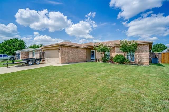 6105 Sandy Lane, Watauga, TX 76148 (MLS #14692007) :: Real Estate By Design