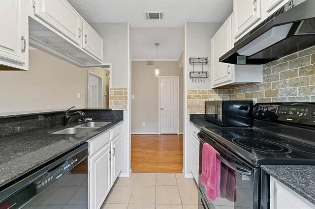 6208 Oram Street #17, Dallas, TX 75214 (MLS #14692031) :: Beary Nice Homes