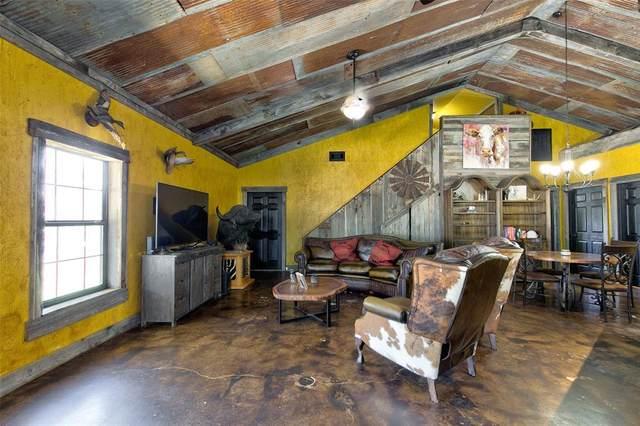 764 Jones Road, Weatherford, TX 76088 (MLS #14692184) :: Trinity Premier Properties