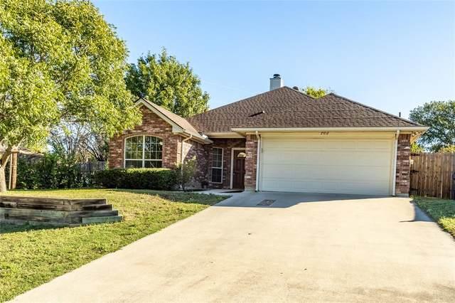 702 Valleyridge Court, Decatur, TX 76234 (MLS #14692220) :: The Good Home Team