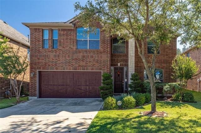 2111 Reveille Circle, Euless, TX 76040 (MLS #14692393) :: The Chad Smith Team