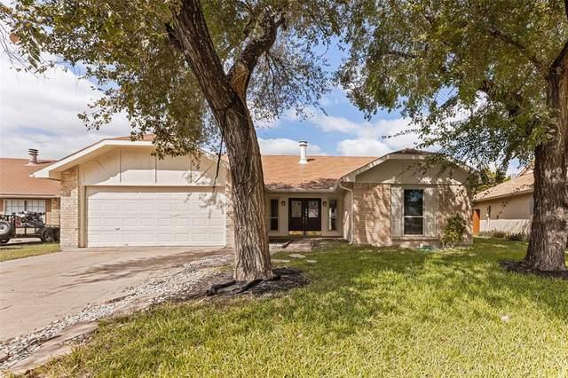 1418 Clark Trail, Grand Prairie, TX 75052 (MLS #14692729) :: Lisa Birdsong Group | Compass