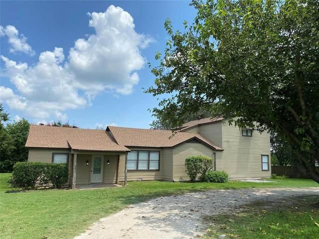 3200 Weaver Street, Gainesville, TX 76240 (MLS #14692986) :: KW Commercial Dallas