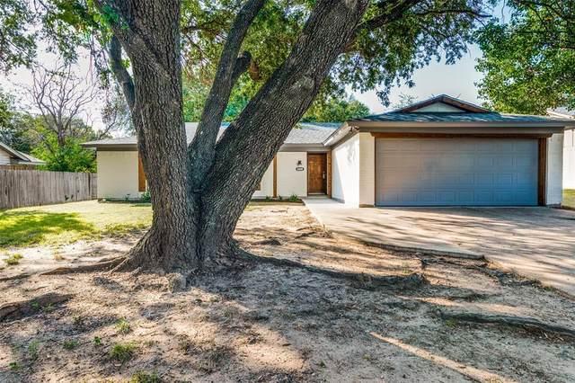 8404 Glenann Drive, North Richland Hills, TX 76182 (MLS #14693110) :: RE/MAX Pinnacle Group REALTORS
