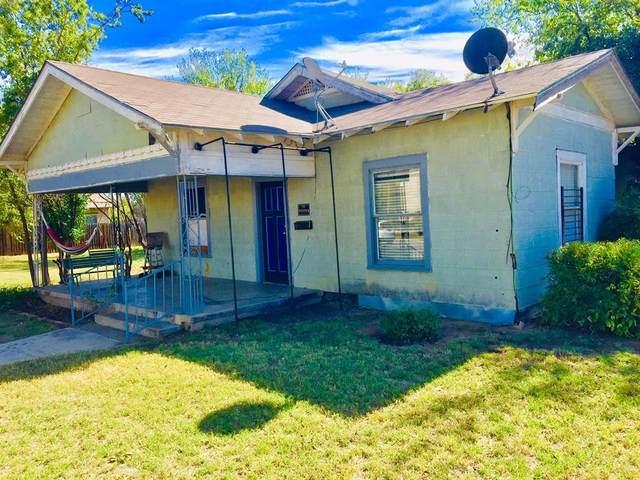 1614 Avenue G, Brownwood, TX 76801 (MLS #14693176) :: Wood Real Estate Group