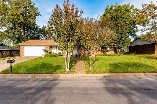 1365 N Magnolia Drive, Stephenville, TX 76401 (MLS #14693321) :: Lisa Birdsong Group | Compass