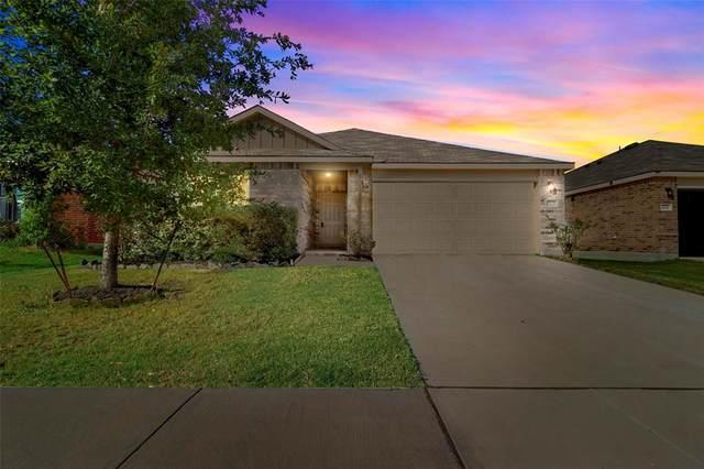 3025 Manuel Creek Drive, Little Elm, TX 75068 (MLS #14693402) :: The Hornburg Real Estate Group