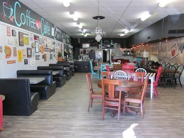 303 N Main Street, Winnsboro, TX 75494 (MLS #14693426) :: Real Estate By Design