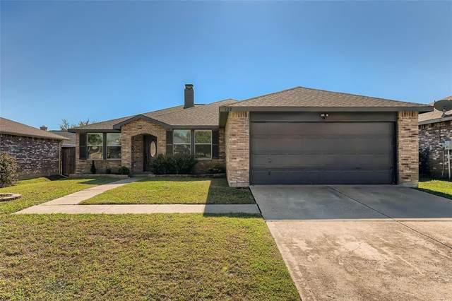 128 Queen Annes Drive, Burleson, TX 76028 (MLS #14693469) :: The Good Home Team