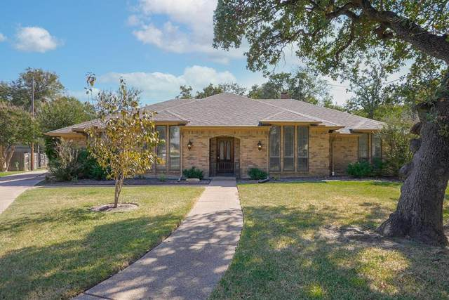604 April Sound, Bedford, TX 76021 (MLS #14693552) :: United Real Estate