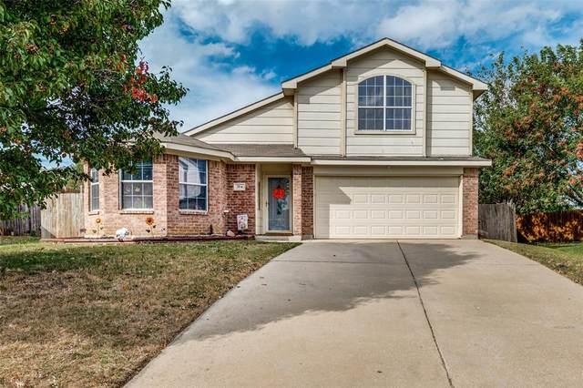 704 Gull Circle, Saginaw, TX 76131 (MLS #14693703) :: Rafter H Realty
