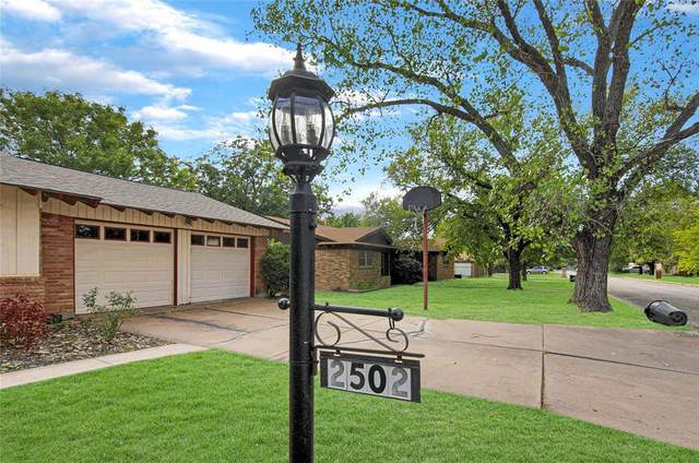 2502 SE 9th Street, Mineral Wells, TX 76067 (MLS #14693730) :: The Hornburg Real Estate Group