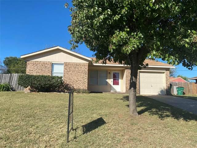 1936 Lindy Street, Graham, TX 76450 (MLS #14693820) :: Real Estate By Design