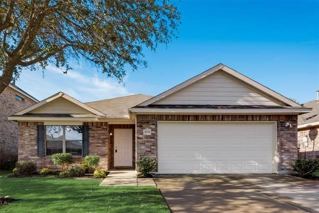 9110 Lockhart Drive, Arlington, TX 76002 (MLS #14693941) :: Crawford and Company, Realtors