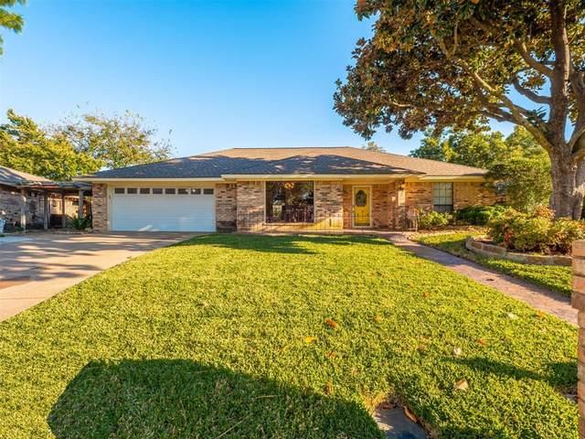 5707 Louise Way Drive, Arlington, TX 76017 (MLS #14694051) :: Texas Lifestyles Group at Keller Williams Realty
