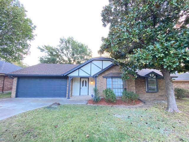 3809 Rustic Forest Trail, Arlington, TX 76016 (MLS #14694057) :: Texas Lifestyles Group at Keller Williams Realty