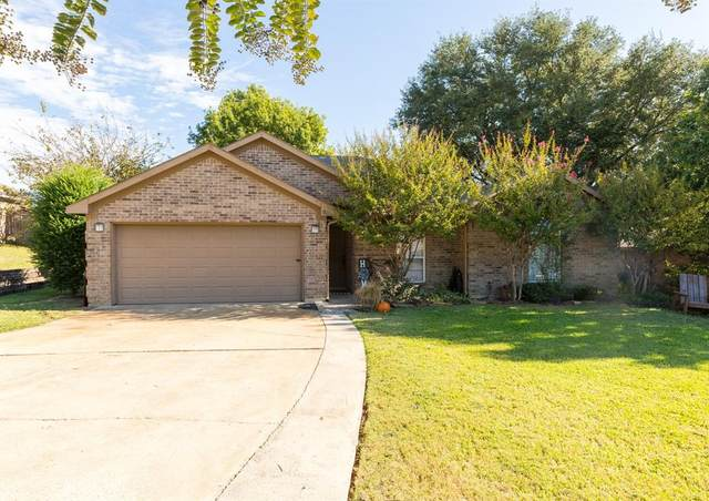 921 Jacobs Crossing Court, Burleson, TX 76028 (MLS #14694114) :: The Good Home Team