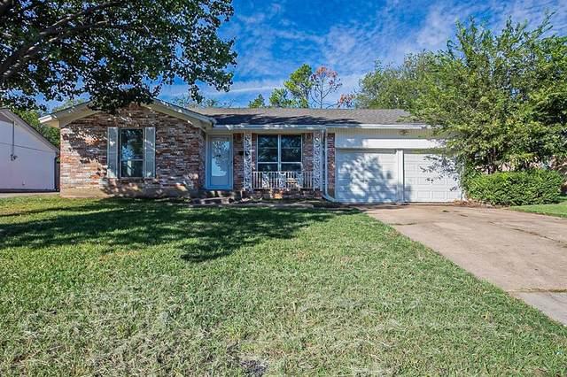 306 Huntington Drive, Euless, TX 76040 (MLS #14694235) :: Trinity Premier Properties