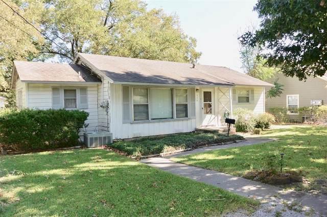 547 N Dallas Street, Van Alstyne, TX 75495 (MLS #14694383) :: The Mitchell Group