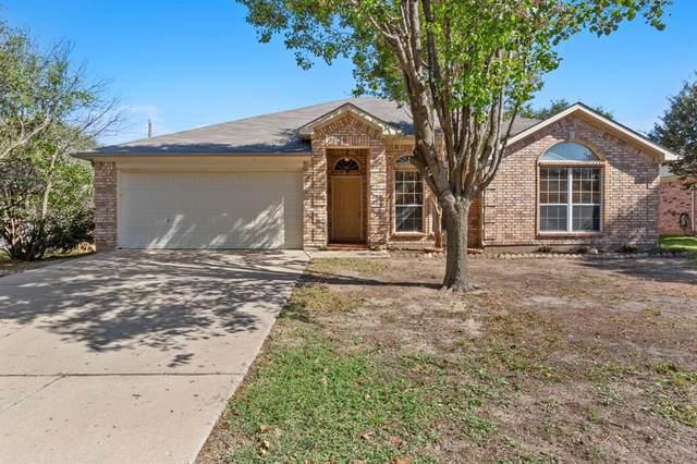 624 Madeline Court, Azle, TX 76020 (MLS #14694607) :: Jones-Papadopoulos & Co