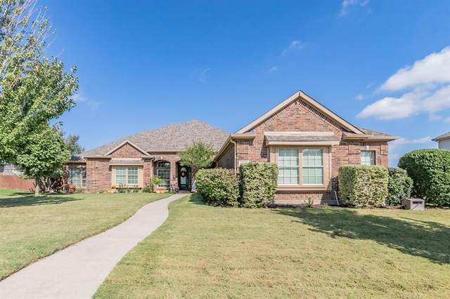 1500 Bassett Hound Drive, Fort Worth, TX 76052 (MLS #14694616) :: Wood Real Estate Group