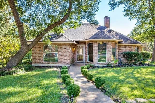 1236 Cliff Trail, Desoto, TX 75115 (MLS #14694618) :: Jones-Papadopoulos & Co
