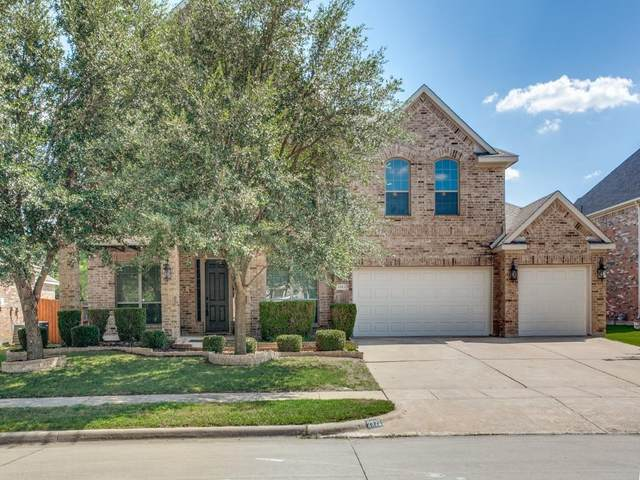 2323 Shackleford Trail, Grand Prairie, TX 75052 (MLS #14694912) :: Real Estate By Design