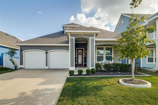 8934 Stallings Drive, Aubrey, TX 76227 (MLS #14694984) :: Texas Lifestyles Group at Keller Williams Realty