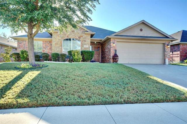 437 Nutmeg Avenue, Burleson, TX 76028 (MLS #14695104) :: The Mitchell Group