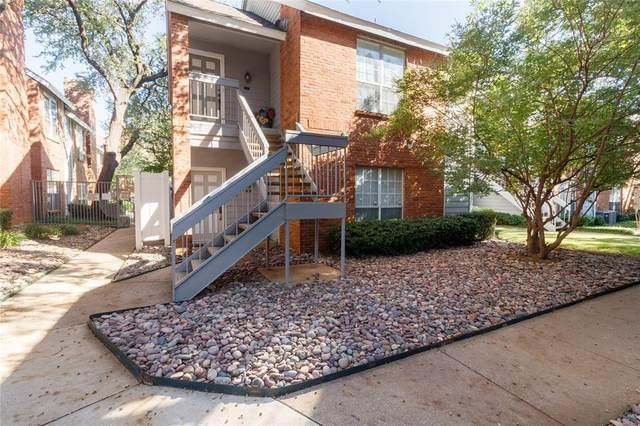 2105 Saint Michaels Drive #205, Arlington, TX 76011 (MLS #14695203) :: Epic Direct Realty