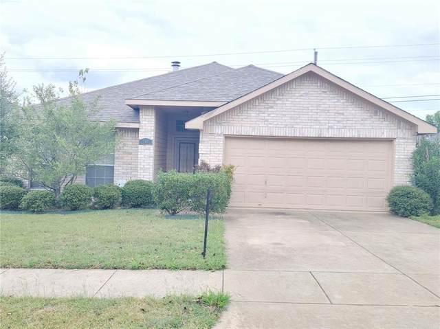 748 Rockett Lane, Cedar Hill, TX 75104 (MLS #14695451) :: RE/MAX Pinnacle Group REALTORS
