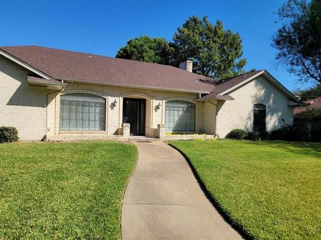 1425 Marlene Place, Desoto, TX 75115 (MLS #14695509) :: Jones-Papadopoulos & Co