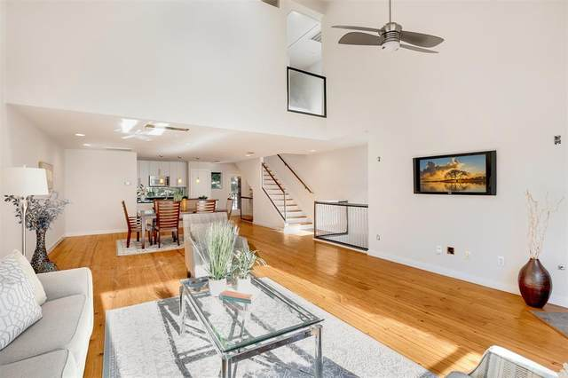 4213 Dickason Avenue #22, Dallas, TX 75219 (MLS #14695529) :: Premier Properties Group