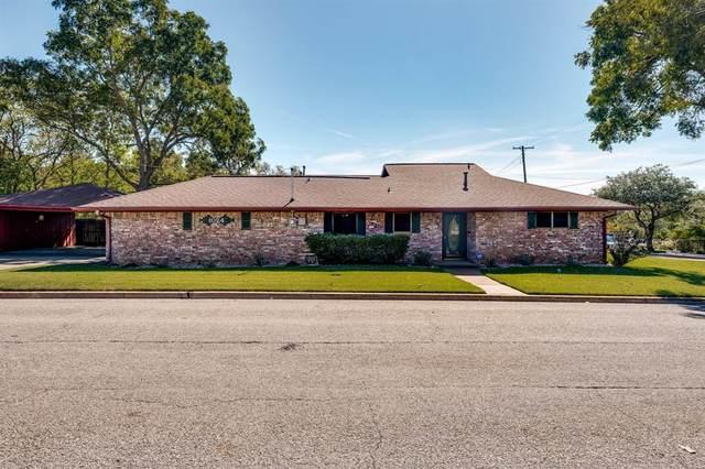1024 W Pecan Street, Sherman, TX 75092 (MLS #14695573) :: The Daniel Team