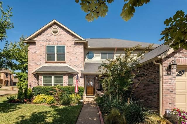 201 Mentor Drive, Arlington, TX 76002 (MLS #14695713) :: United Real Estate
