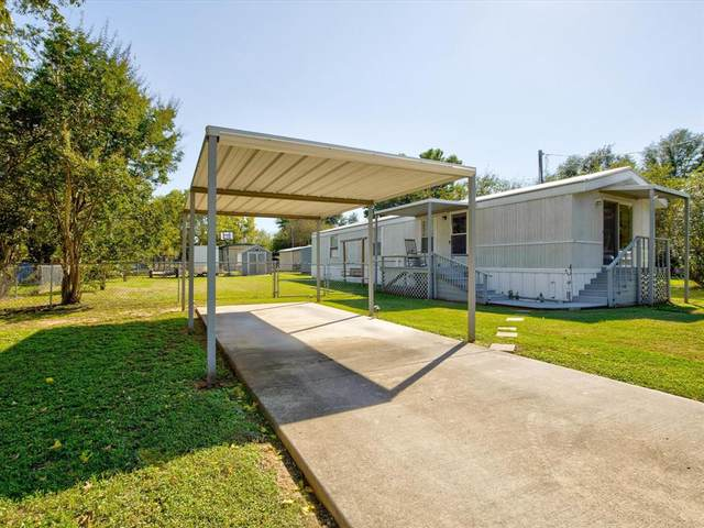 1605 Alamo Drive, Granbury, TX 76048 (MLS #14695836) :: Premier Properties Group