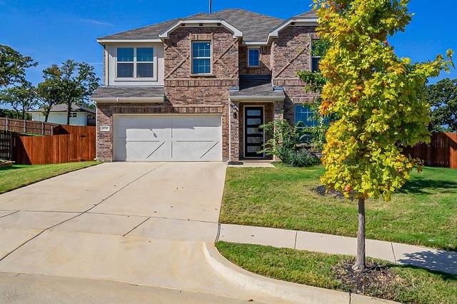 6708 Woodmere Court, Denton, TX 76226 (MLS #14696303) :: The Hornburg Real Estate Group