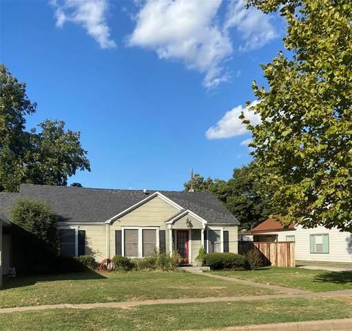 704 Payne, Olney, TX 76374 (MLS #14696397) :: Lisa Birdsong Group | Compass