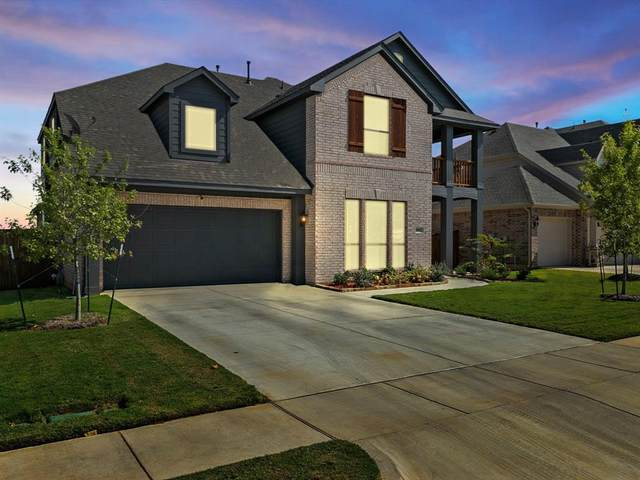 1045 Scarlet Oak Drive, Burleson, TX 76028 (MLS #14696531) :: Justin Bassett Realty