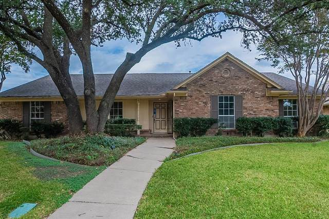2726 Colosseum Way, Grand Prairie, TX 75052 (MLS #14696553) :: Real Estate By Design
