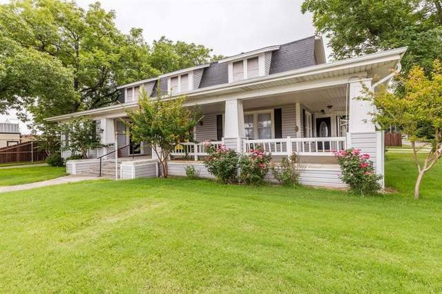 109 S 3rd Street, Grandview, TX 76050 (MLS #14696657) :: Justin Bassett Realty