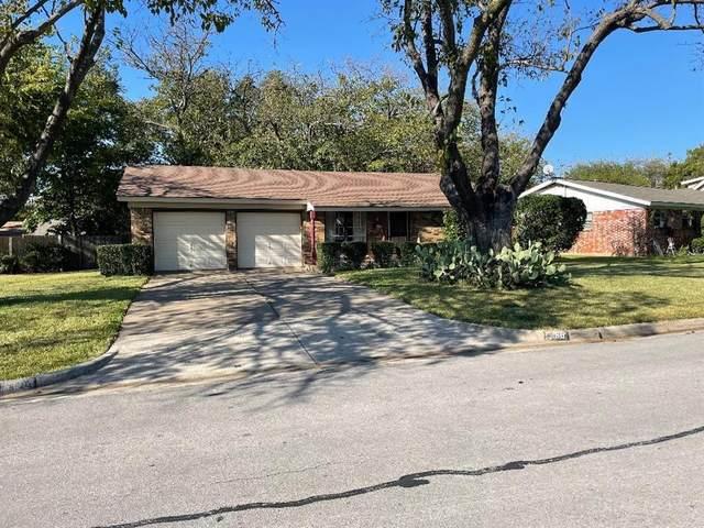 268 Palomino Drive, Saginaw, TX 76179 (MLS #14696801) :: 1st Choice Realty