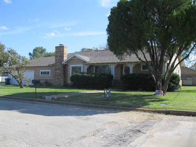 1025 W Wheeler Street, Breckenridge, TX 76424 (MLS #14696996) :: The Barrientos Group