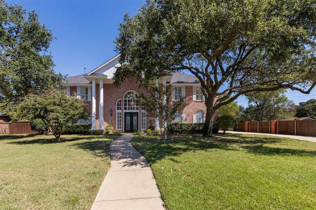 10 Courtney Court, Dalworthington Gardens, TX 76015 (MLS #14697237) :: ACR- ANN CARR REALTORS®