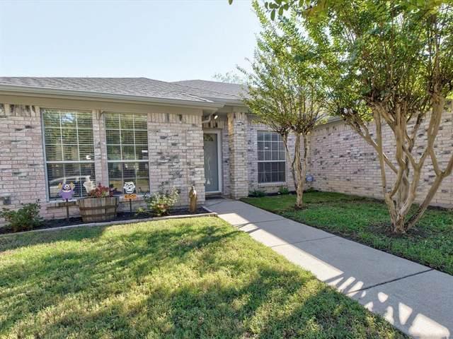 2813 Garden Oaks Place, Grand Prairie, TX 75052 (MLS #14697356) :: Real Estate By Design