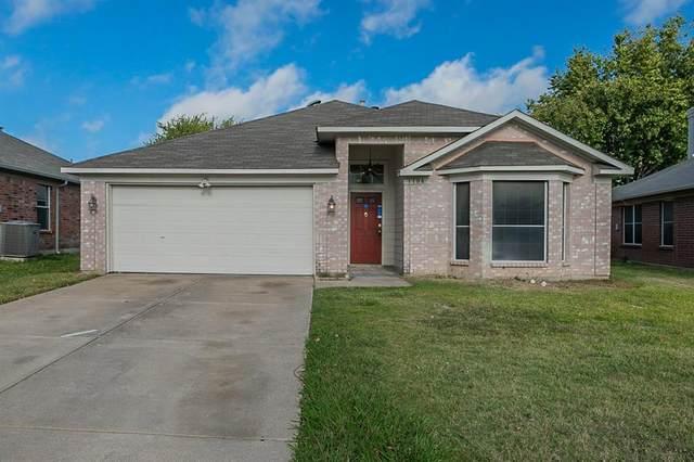 1108 Highland Station Drive, Saginaw, TX 76131 (MLS #14697706) :: Rafter H Realty