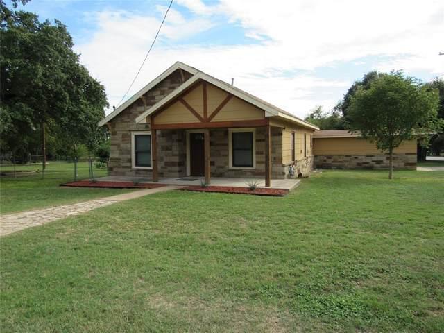 306 W Martin Avenue, Comanche, TX 76442 (MLS #14698504) :: The Mitchell Group